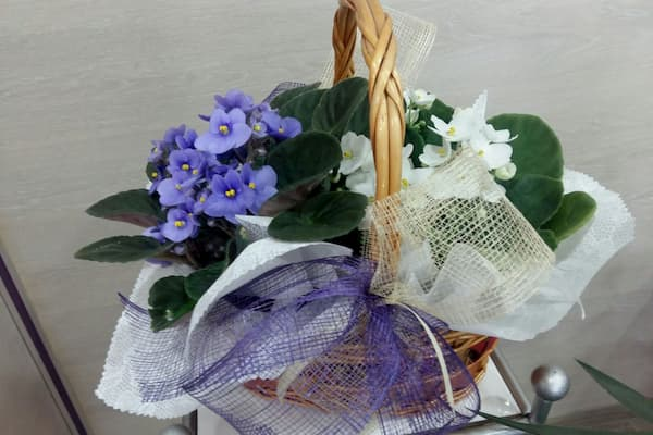 Canasta de flores.