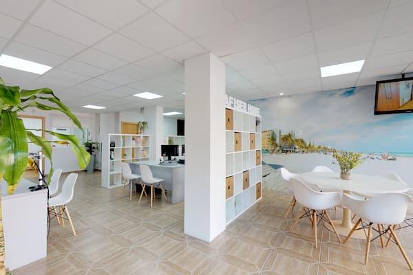 Interior de oficinas.
