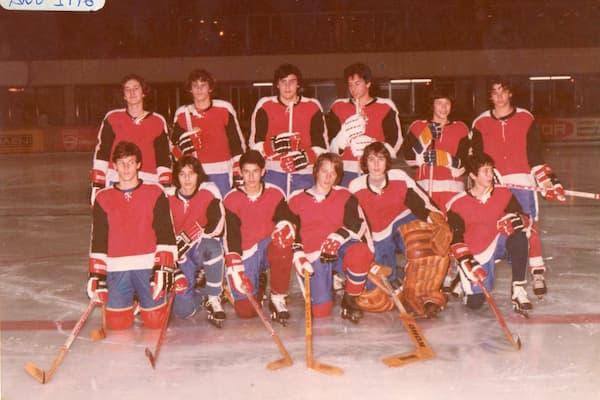 Equipo de hockey en 1976