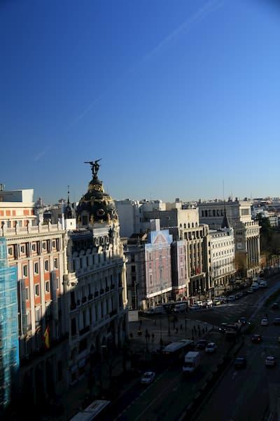 Vista aérea de ciudad.